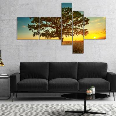 Designart Big Green Tree In Summer Field Multipanel Trees Canvas Art Print - 4 Panels