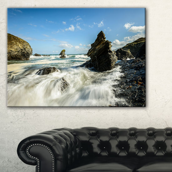 Designart Roaring Atlantic Rocky Coast Seascape Canvas Art Print