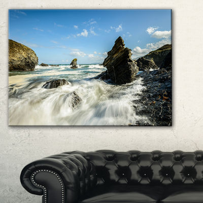 Designart Roaring Atlantic Rocky Coast Seascape Canvas Art Print - 3 Panels