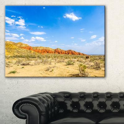 Designart Rocky Mountain In Desert Landscape PhotoCanvas Art Print - 3 Panels