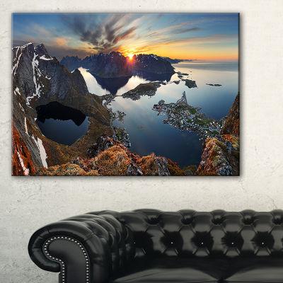 Designart Rocky Sea Mountains Seascape PhotographyCanvas Art Print - 3 Panels
