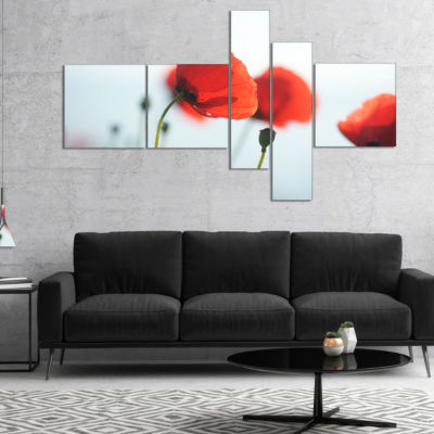 Designart Poppies On Background Of Sea MultipanelFloral Canvas Art Print - 4 Panels