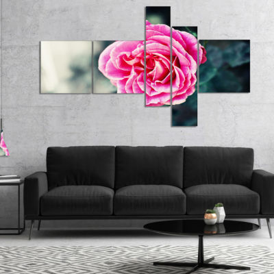 Designart Red Rose In Vintage Style Multipanel Floral Art Canvas Print - 5 Panels