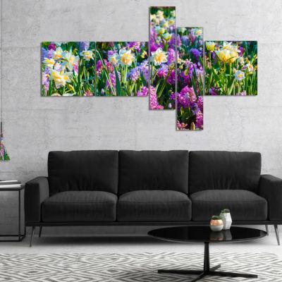 Designart Spring Flowers In Keukenhof Park Multipanel Floral Canvas Art Print - 4 Panels
