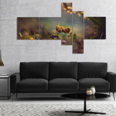 Designart Two Spring Flowers Multipanel Floral Photography Art - 5 Panels