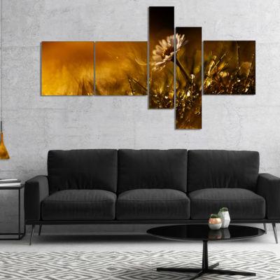 Designart Vintage Wild Flower In Sunset MultipanelFloral Canvas Art Print - 5 Panels