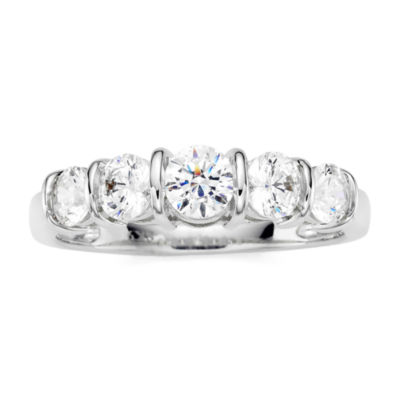 1 CT. T.W. Diamond 10K White Gold 5-Stone Ring