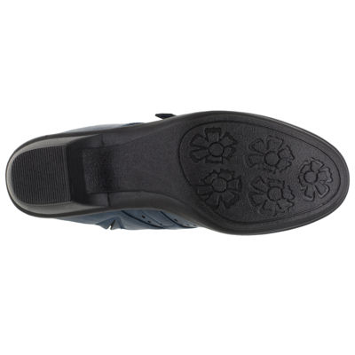 Easy Street Cleveland Womens Slip-On Shoes