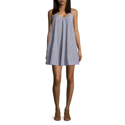 Speechless Sleeveless Embroidered Trapeze Dress-Juniors