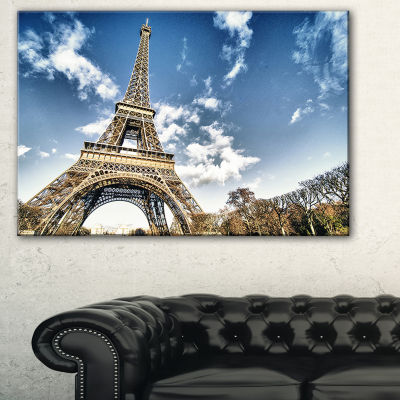 Designart Eiffel Under Dark Cloudy Sky LandscapePhotography Canvas Print - 3 Panels