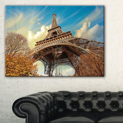 Designart Eiffel With Winter Vegetation Skyline Photography Canvas Art - 3 Panels