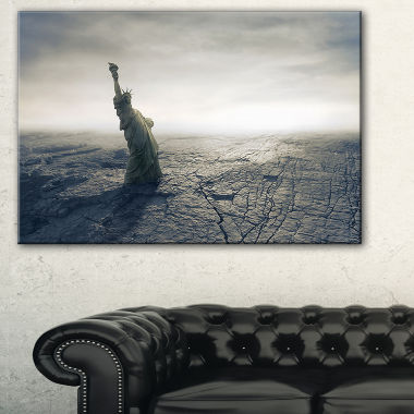 Designart Statue Of Liberty In Dried Field Landscape Photography Canvas Print