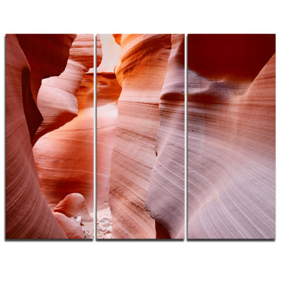 Designart Sun Rays In Antelope Canyon Landscape Photography Canvas Print - 3 Panels