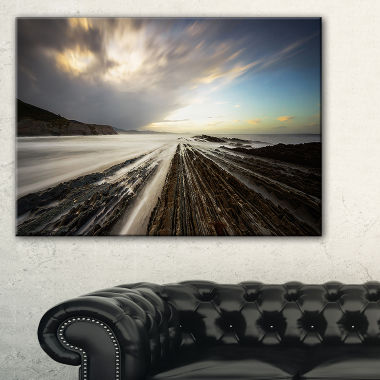 Designart Surreal Atlantic Ocean Coast Seashore Photo Canvas Art Print