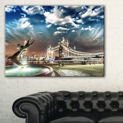 Designart Tower Bridge At Night Landscape Photography Canvas Art Print - 3 Panels