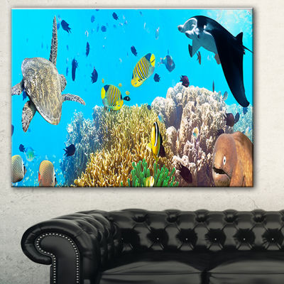 Designart Underwater Panorama With Sea CreaturesPhotography Canvas Art Print - 3 Panels