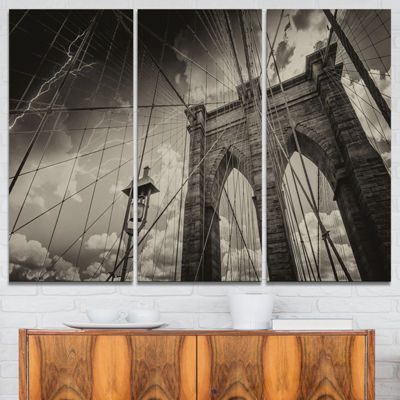 Designart Upward View Of Brooklyn Bridge CityscapePhoto Canvas Print - 3 Panels