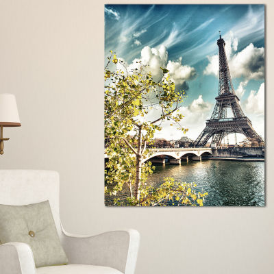 Designart Vegetation Near Paris Eiffel Tower Landscape Photo Canvas Art Print