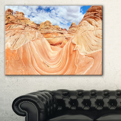 Designart Waves Of Natural Wonder Landscape PhotoCanvas Art Print - 3 Panels