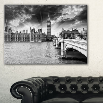 Designart Westminster Palace In Gray Shade Photography Canvas Art Print - 3 Panels