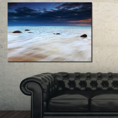 Designart White Waves Over Moeraki Boulders Seashore Photo Canvas Print