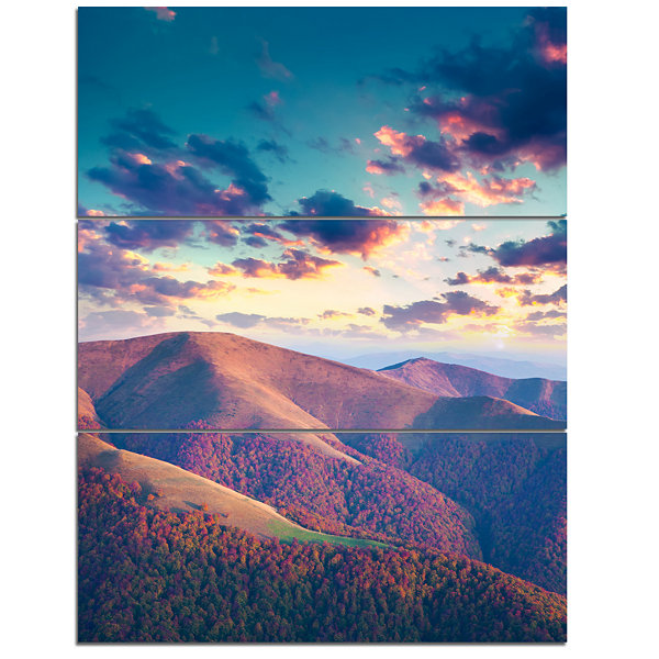 Designart Carpathian Hills Under Clouds LandscapePhotography Canvas Print - 3 Panels
