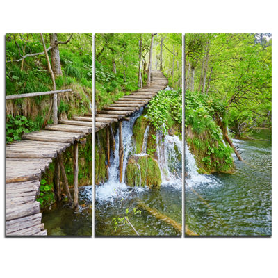 Designart Cascades In Plitvice Lakes Landscape Photography Canvas Art Print - 3 Panels