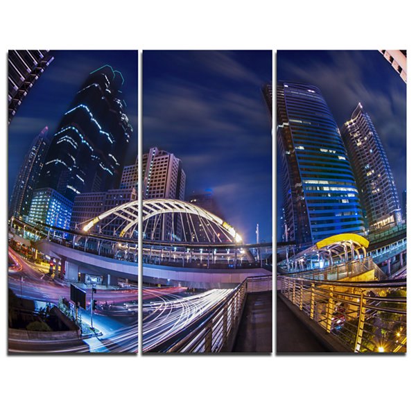 Designart Modern Bridge Cityscape Photography Canvas Art Print - 3 Panels