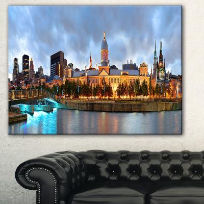 Designart Montreal Panoramic View Cityscape PhotoCanvas Print - 3 Panels