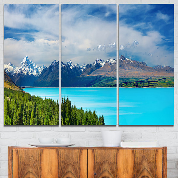 Designart Mount Cook New Zealand Landscape Photography Canvas Art Print - 3 Panels