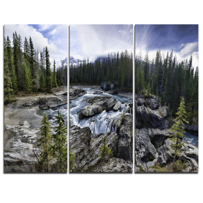 Designart Natural Bridge In Yoho Landscape Art Print Canvas - 3 Panels