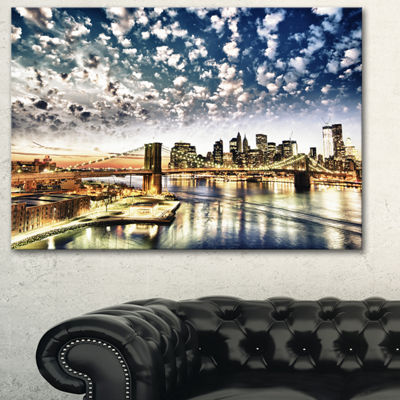 Designart New York City Manhattan Skyline Cityscape Photo Canvas Print - 3 Panels