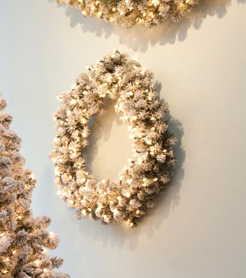 "24"" Pre-Lit Snowy Pine Flocked Artificial Christmas Wreath - Clear Lights"