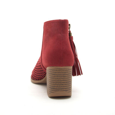 Qupid Womens Core-18 Bootie Stacked Heel Zip