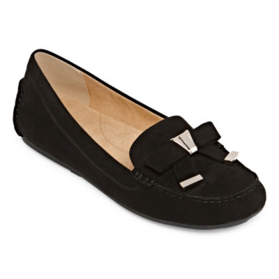 Liz Claiborne Womens Aires Loafers Slip-on Round Toe