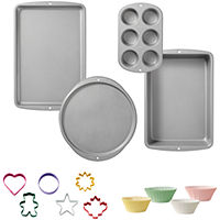 Deals on Wilton 110-Pc. Bakeware Set
