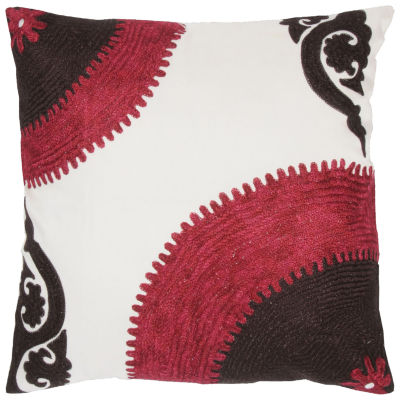 Rizzy Home Christopher Medallion Decorative Pillow