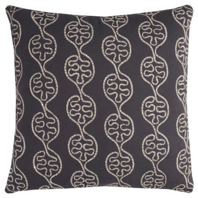 Rizzy Home Rhonwen Leaves In A Line Decorative Pillow