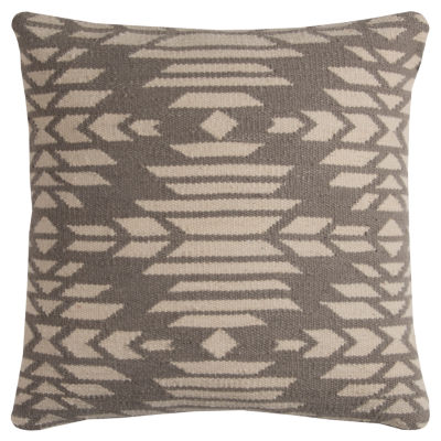 Rizzy Home Johanna Southwestern Decorative Pillow