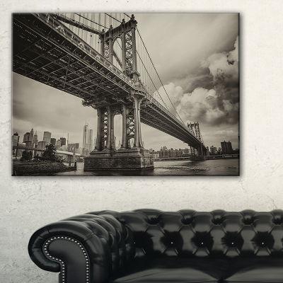 Designart Manhattan Bridge In Dark Gray CityscapePhoto Canvas Print - 3 Panels