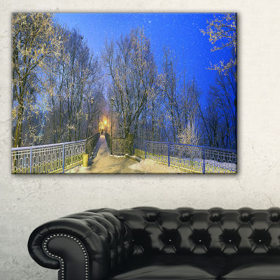 Designart Mariinsky Garden With Blue Sky LandscapePhotography Canvas Print