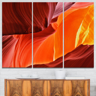 Designart Midday In Antelope Canyon Landscape Photo Canvas Art Print - 3 Panels