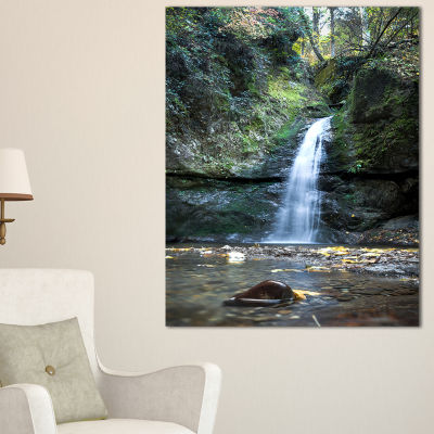 Designart Nanayo Waterfall Japan Landscape Photo Canvas Art Print - 3 Panels