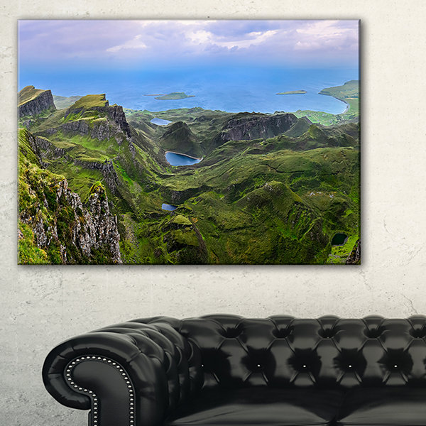 Designart Quiraing Skye Highland Scotland Landscape Photography Canvas Print - 3 Panels