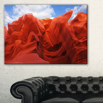 Designart Red And Orange Shade In Antelope CanyonPhotography Canvas Art Print - 3 Panels