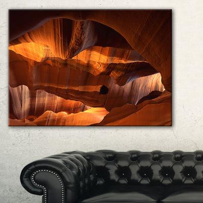 Designart Red Limestone Caves Landscape Photo Canvas Art Print - 3 Panels