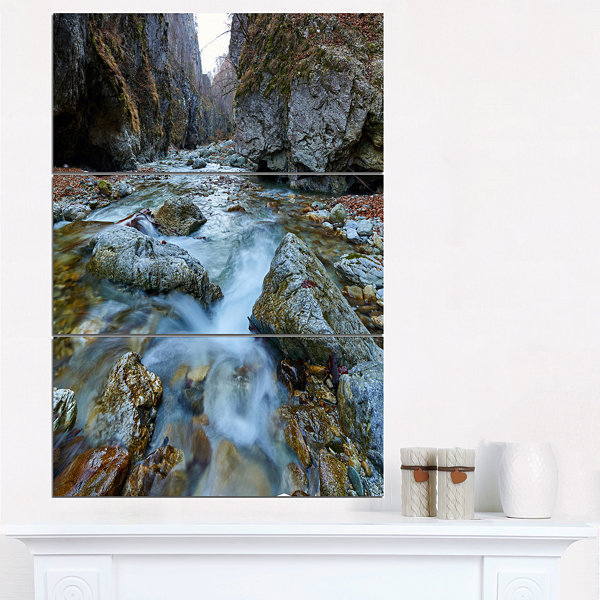 Designart Blue Water In River Landscape Photography Canvas Art Print - 3 Panels