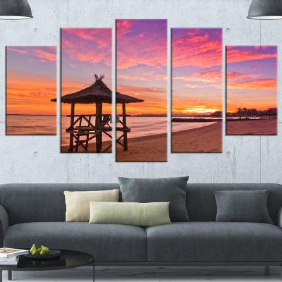 Lifeguard Station in Beautiful Beach Modern Seashore Wrapped Canvas Art - 5 Panels