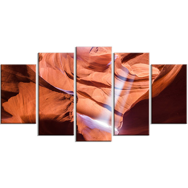 Designart Light To Antelope Canyon Landscape Photography Canvas Print - 4 Panels