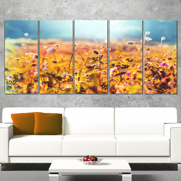 Designart Little Mountain Flowers on Sunny Day Large FlowerCanvas Wall Art - 5 Panels